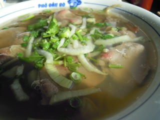 pho with well done and rare beef.jpg