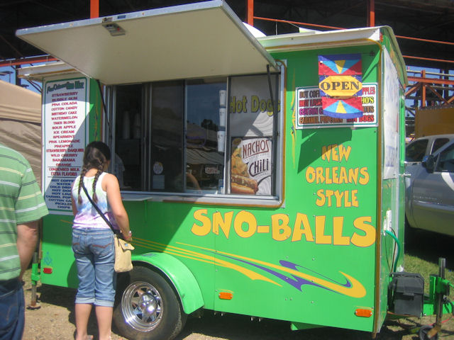 13-another snowball stand.JPG