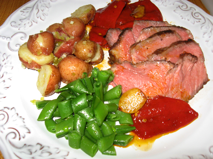 SteakPotatoGreenGarlic_1759.jpg