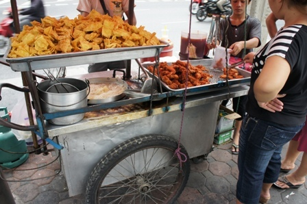 Street food chicken wing.JPG