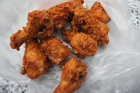 Street food - Fried Chicken wings.JPG