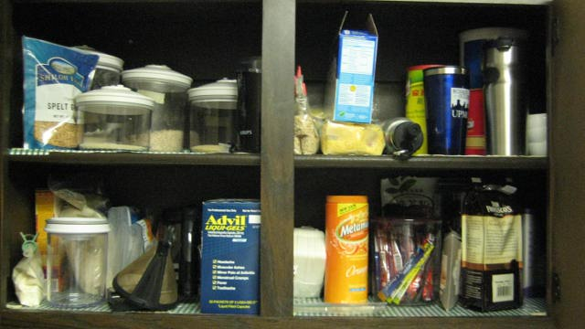 kitchen tour 008.JPG