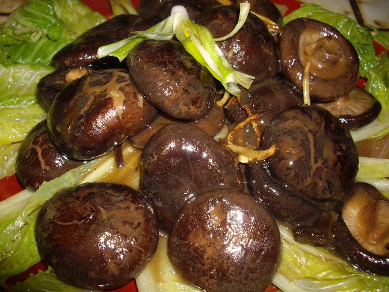 Mushrooms in oyster sauce 7507.jpg