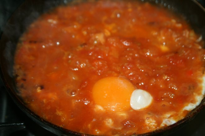 cook egg and sauce.jpg
