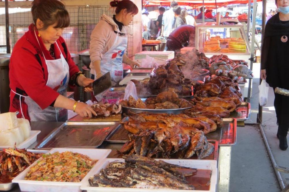 150527 030 Yakeshi Market Street Food.JPG