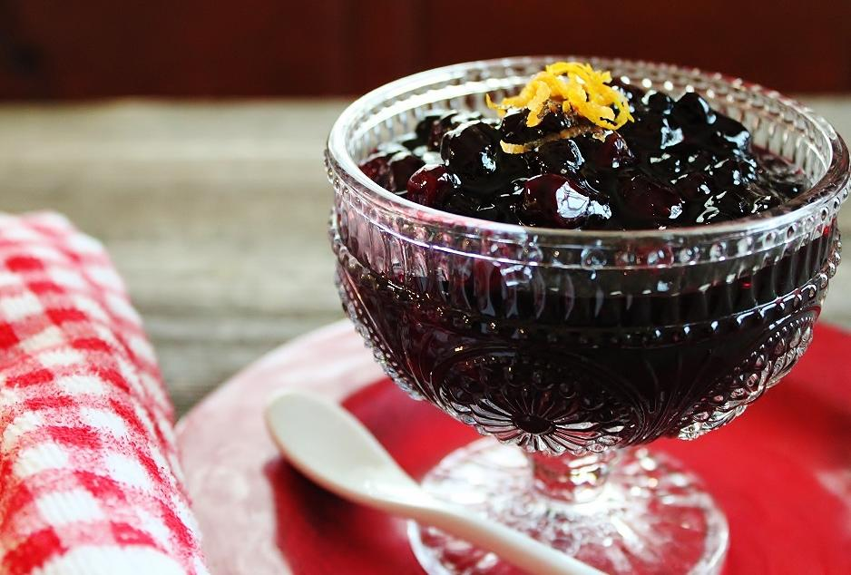 Warm Cranberry-Huckleberry Compote.JPG