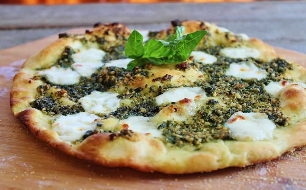 Walnut Pesto Pizza.JPG